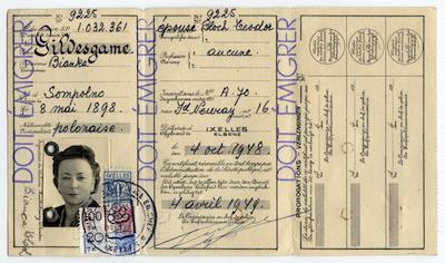 Bianca-Bloch-Belge-Alien-PassportSMALLER